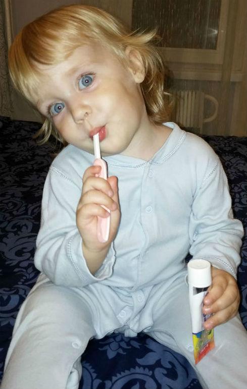 Весело и полезно: как научить ребенка чистить зубы