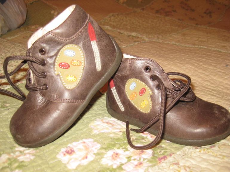 Обувь на от 6 мес.до 3 лет.есть испания привозная