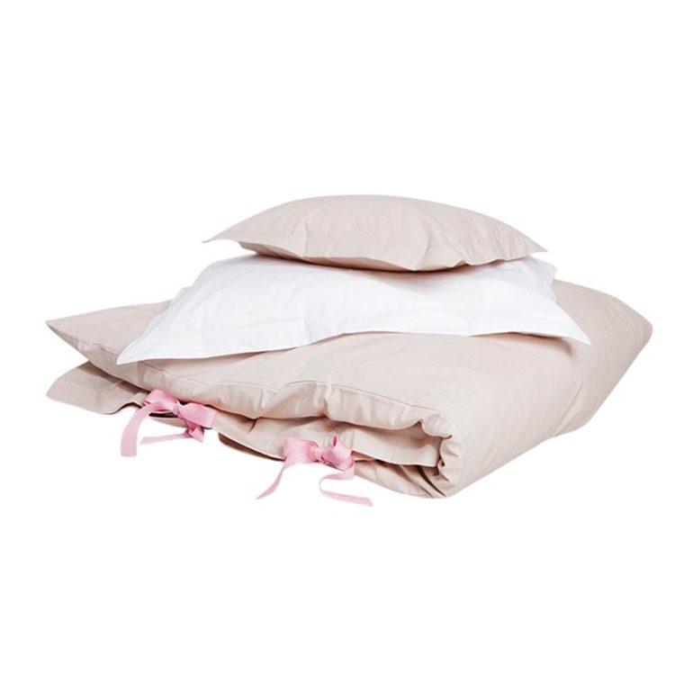 Продаю комплект постельного от Garbo&Friends;