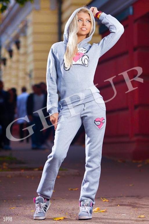 Приглашаем в интернет-магазин стильной одежды по доступным ценам !Для участников группы при покупке до 31.12.2013 г. примерка нескольких вещей и доставка бесплатно! http://vk.com/club62723633