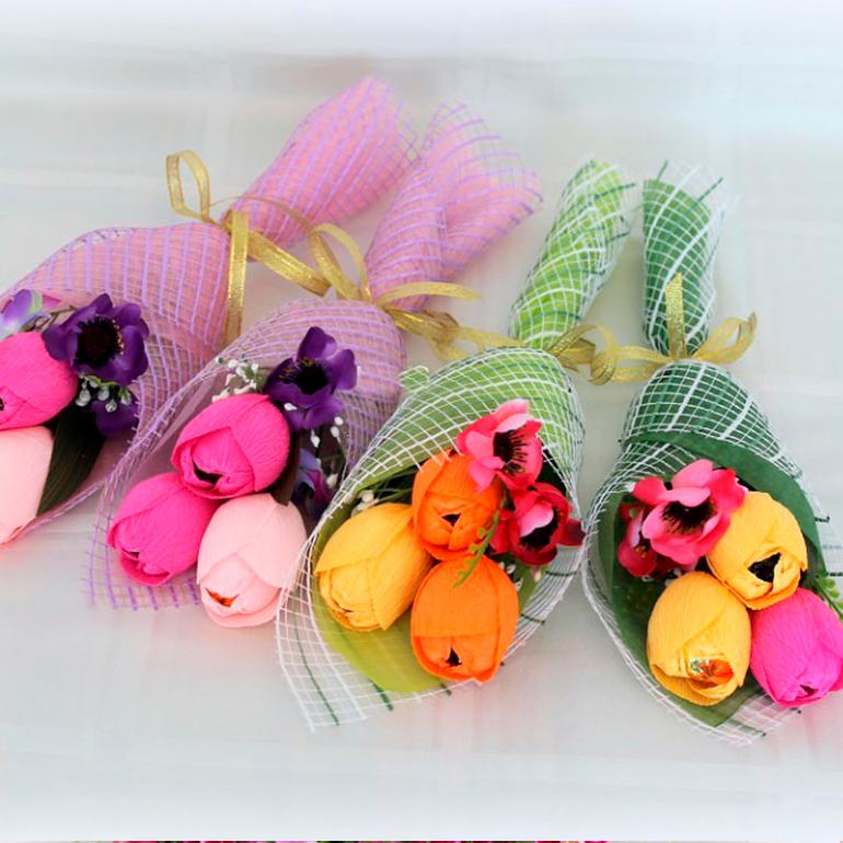 Букеты из конфет для подарка своими руками 30