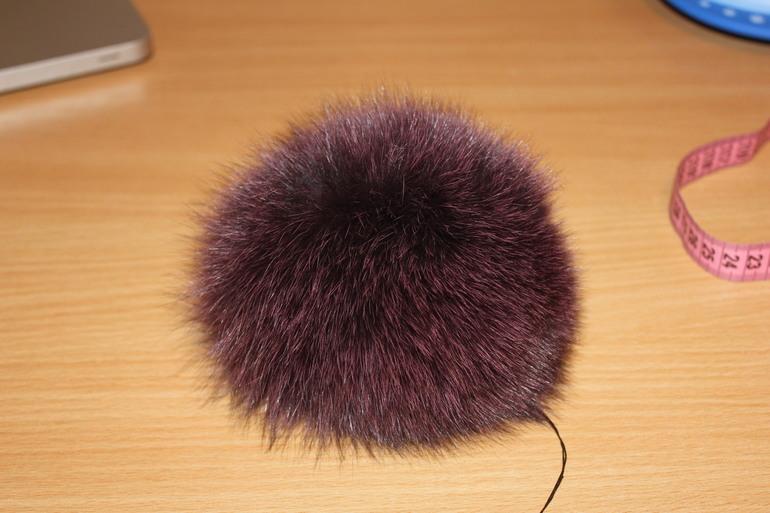 Пумпон или помпон для шапки