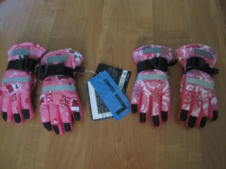 Новые перчатки зимние на девочек, 2 года /11.