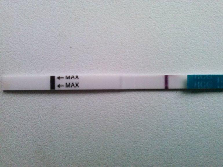 Серая полоска на тесте на беременность