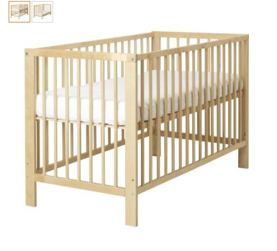 Кроватка  детская,  109см,  +  матрас  +  3  комплекта  постельного  белья  =1000р