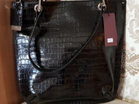 Новая сумка из лакированной кожи Италия