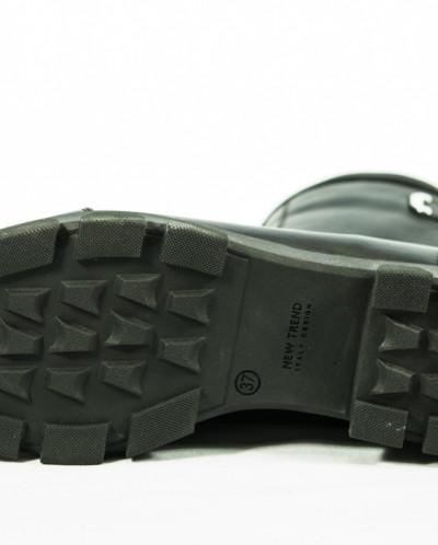 женские зимние ботинки