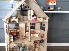 Дом из фанеры для кукол до 18 см с набором мебели