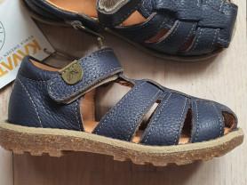 Новые сандалики Kavat