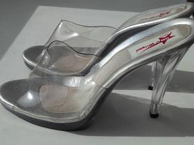 Саботаж босоножки б/у размер 39 прозрачные белые серебристые силикон сверху на платформе 1 см каблук 10 см подошва литая профилактика обувь бренд