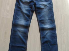 Новые с бирками джинсы  р-р 50-52, фирмен. рубашки