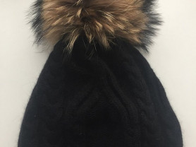 Шапка новая шерсть Ангора чёрная двойная вязаная бубон мех енот натуральный тёплая зимняя