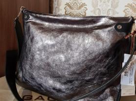 Новая кожаная сумка Италия цвет металлический