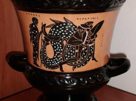Ваза-чаша античная (реплика) высота 22 см