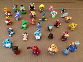 Продам комплект игрушек Киндер сюрприз