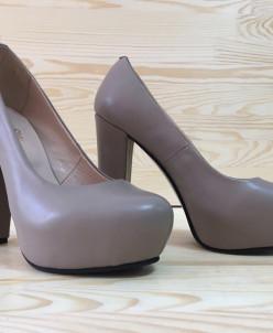 Кожаные туфли.