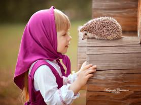 Фотопроект Машенька с гусыней и кроликом