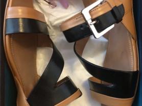 Новые стильные кожаные женские сандали Sergio Rossi (оригинал)