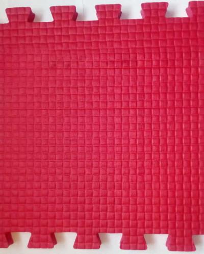 Мягкий пол 33*33*0,9 см красный, 9 деталей