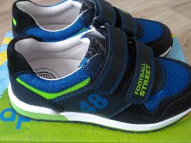 Новые кроссовки Капика