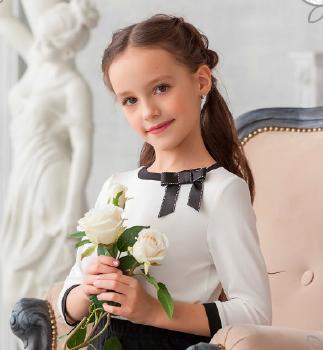 Трикотажная блузка С*кай младшая школа 2017