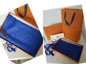 Тёплые платки и палантины Louis Vuitton