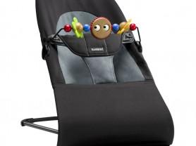 Новый шезлонг Babybjorn с игрушкой