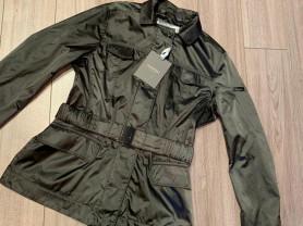 Geospirit!Новая!Очень красивая куртка-ветровка.