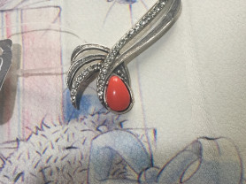 Новая брошь от Jevani с кристаллами Swarovski