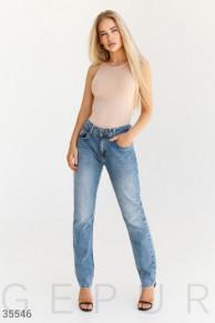 Классические джинсы прямого кроя boyfriend