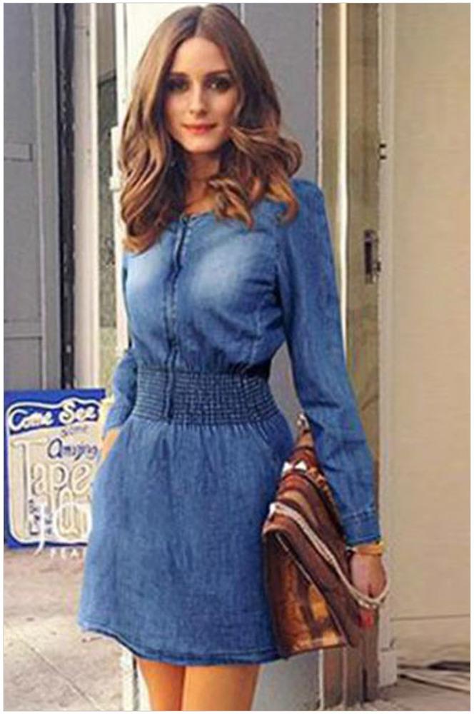 Платье с широкой резинкой на талии