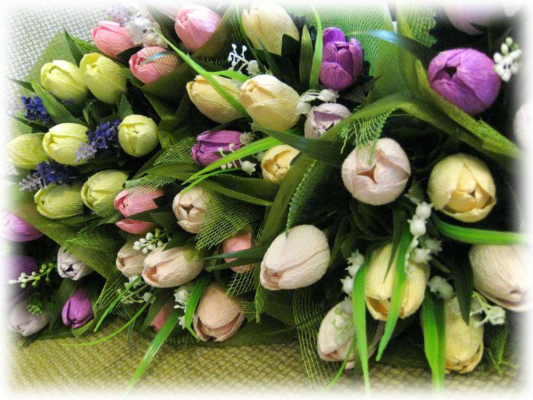 Мини букетики из тюльпанов