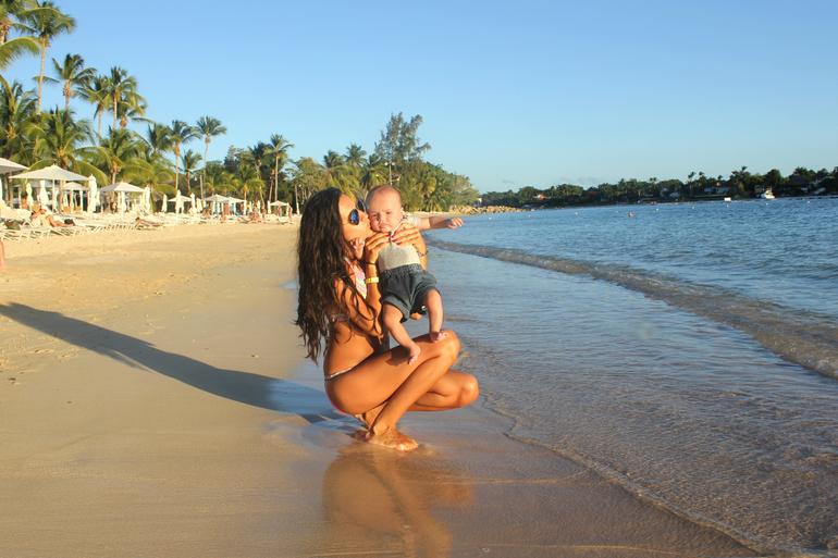 С малышом в Доминикану :)