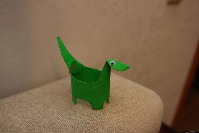 Поделка динозавр из втулки 86