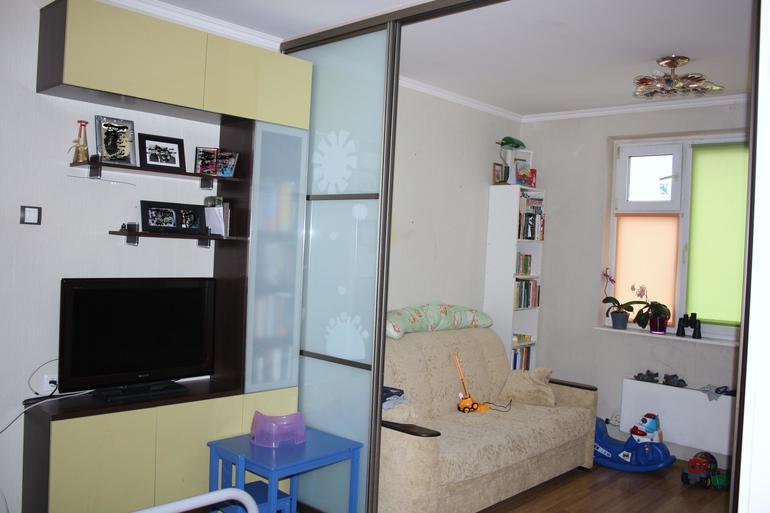 Как разместиться семье с двумя детьми в однокомнатной квартире в 44 95