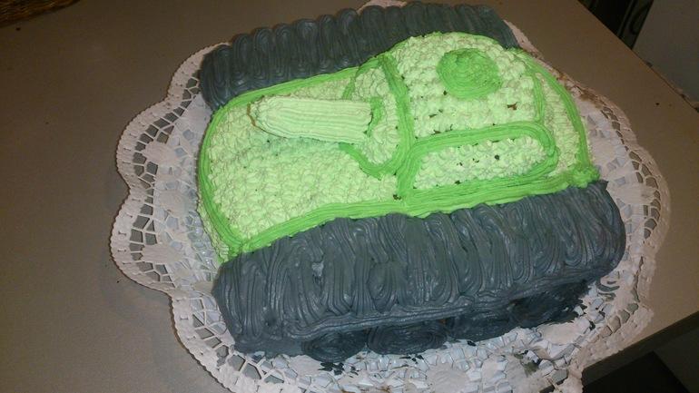 торт для мужа(любителя танчиков)