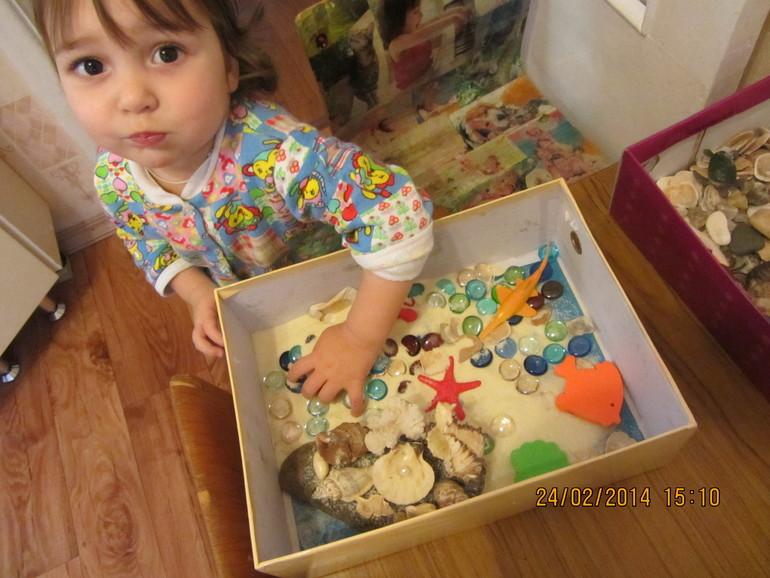 Сенсорные коробки для детей 3 лет своими руками8