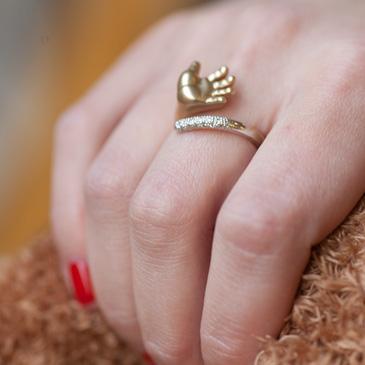 Кольцо в подарок за рождение ребенка