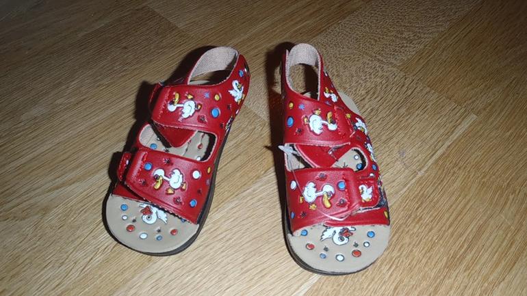 обувь для мальчика 19-25р и девочки 19р