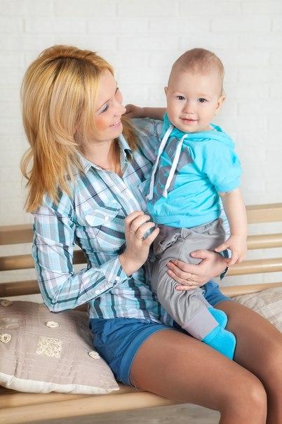сын и красивые мамы