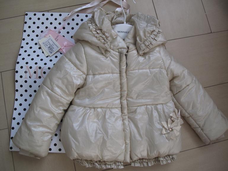 Курточка Monnalisa на 2,5-3 года (до 100 см) 2500руб