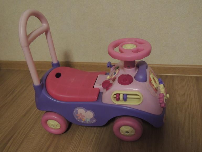 """Машинка  """"принцессы"""""""