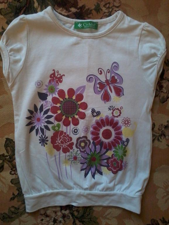 Симпатичные футболочки для девочки, по 150 р.