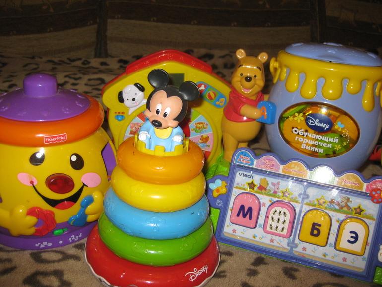 Много фирменных игрушек )) Дешево!!от 1 до 4 лет