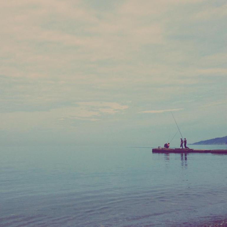 Наши будни на море)