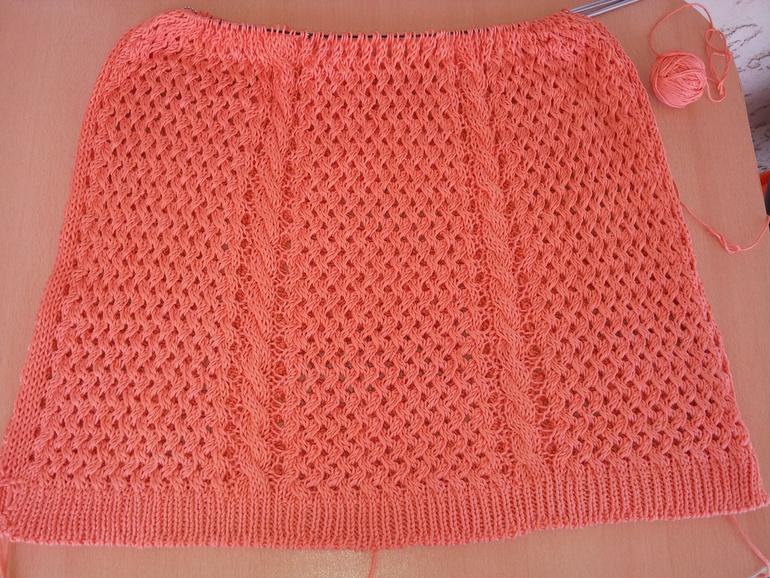Коралловый пуловер от zara