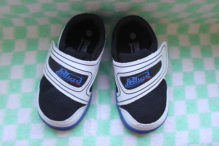 Кроссовки,ботиночки,сандали,сапожки 23 и 24 р-р 14-15см
