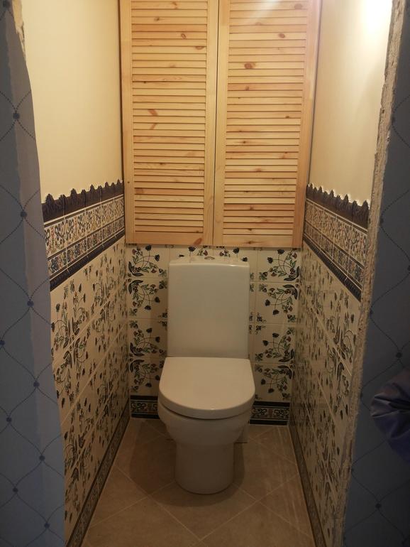 купить дверные створки для ящика в туалет уже золотые