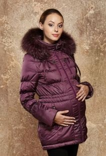 Пуховик с мехом для беременных