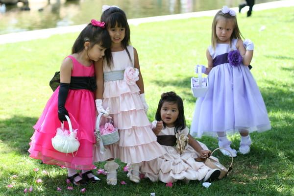 Новые нарядные платья д/девочек США